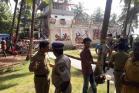 റിസോർട്ട് തകർന്ന് 40 പൊലീസുകാർക്ക് പരിക്ക്- ചിത്രങ്ങൾ
