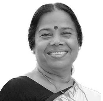 പി.കെ. ശ്രീമതി - കണ്ണൂർ: സിറ്റിങ് എംപി, കഴിഞ്ഞ എൽഡിഎഫ് സർക്കാരിൽ ആരോഗ്യ മന്ത്രി, പയ്യന്നൂർ മണ്ഡലത്തിൽ നിന്നു രണ്ടു തവണ എംഎൽഎ (2001,2006), സിപിഎം കേന്ദ്രകമ്മിറ്റി അംഗം, ജനാധിപത്യ മഹിളാ അസോസിയേഷൻ ദേശീയ ട്രഷറർ.