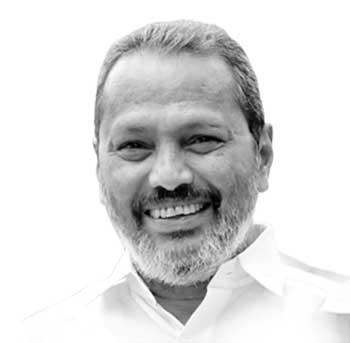 <strong>രാജാജി മാത്യൂ തോമസ്</strong> - തൃശൂർ: മുൻ എം.എൽ.എ. സി.പി.ഐയുടെ സംസ്ഥാന കൗൺസിൽ അംഗം. 2006ൽ ഒല്ലൂരിൽ നിന്ന് നിയമസഭയിലേക്ക് തിരഞ്ഞെടുക്കപ്പെട്ടു.