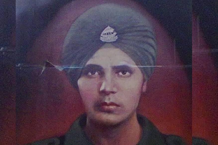 രക്തസാക്ഷിത്വത്തിനു ശേഷവും രാജ്യത്തെ സേവിക്കുന്ന സൈനികൻ. കേൾക്കുമ്പോൽ സാമാന്യ യുക്തിക്ക് നിരക്കാത്തതാണെങ്കിലും കിഴക്കൻ സിക്കിമിലെ ഇന്ത്യ-ചൈന നാഥുലാം അതിർത്തിയിൽ അങ്ങനെ ഒരു സൈനികനെ ജോലിക്ക് വിന്യസിച്ചിട്ടുണ്ട്. ക്യാപ്റ്റൻ ഹർഭജൻ സിംഗ്. 1941 മെയ് 14 ന് പഞ്ചാബിൽ ജനിച്ച സിംഗ് നാഥുലയിൽ സൈനികനായിരിക്കെ തന്റെ 27ാം വയസിലാണ് വീരമൃത്യു വരിച്ചത്.