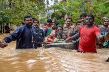 VIDEO: പ്രളയത്തിൽ മുങ്ങി പുതുജീവനിലേക്ക് നിവർന്ന 2018