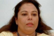 മോഹൻലാലിനോട് പരസ്യത്തിൽ നിന്നു പിന്മാറാൻ അഭ്യർത്ഥിച്ചത് വിൽപന കുറഞ്ഞതിനാൽ: ശോഭന ജോർജ്