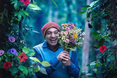 Ambili movie review: മഞ്ഞിൽ പൊതിഞ്ഞ അമ്പിളി ചന്തം